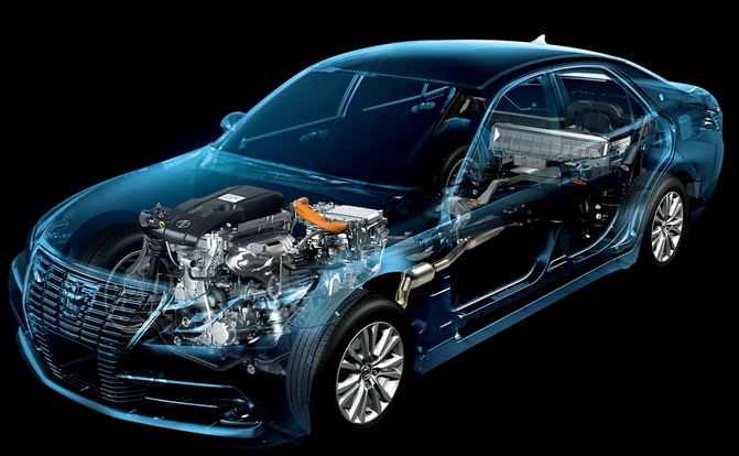 2015 toyota crown royal saloon hybrid Specifications (1)